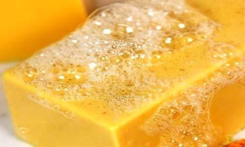 صابون زرد چوبه و مزایای آن برای شفاف سازی پوست