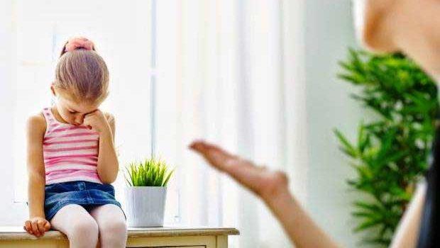 کودک /عواقب فریاد زدن بر سر کودکان
